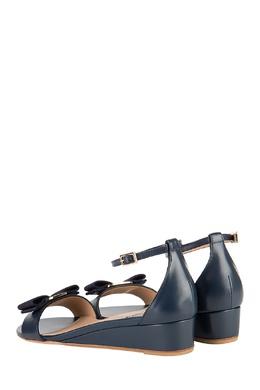 Синие кожаные сандалии Salvatore Ferragamo 51083837