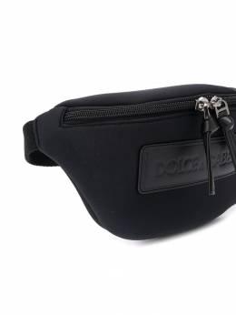 Dolce & Gabbana Kids поясная сумка с нашивкой-логотипом EM0072AZ643