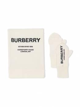 Burberry Kids перчатки с шарфом 8014165
