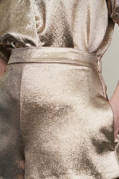 Золотистые блестящие шорты Maje 888125227 - 4