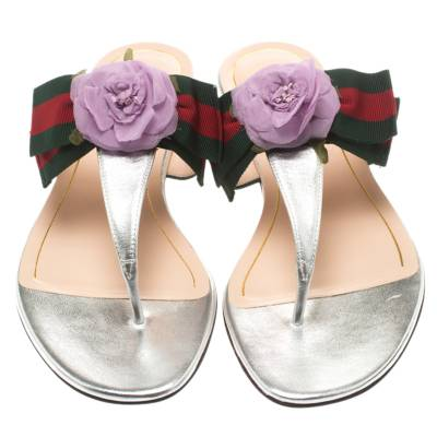Gucci Metallic Silver Leather Cindi Web Bow Rose Detail Flat Thong Sandals Size 37.5 186734 - 3