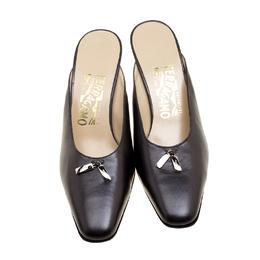 Salvatore Ferragamo Graphite Leather Mules Size 38 131007