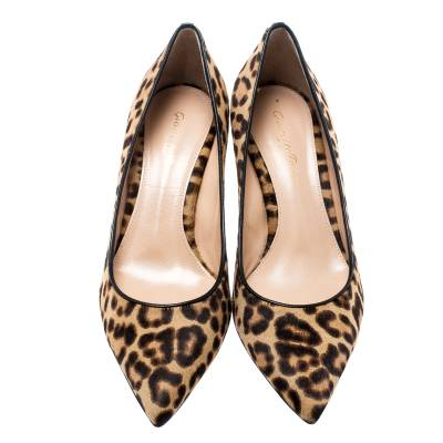 Gianvito Rossi Beige Leopard Print Pony Hair Pointed Toe Pumps Size 37 187014 - 2