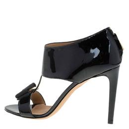 Salvatore Ferragamo Black Patent Pellas Vara Bow Ankle Sandals Size 36 66932