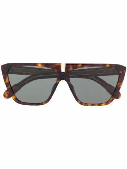 Givenchy Eyewear солнцезащитные очки в массивной оправе черепаховой расцветки GV7109S