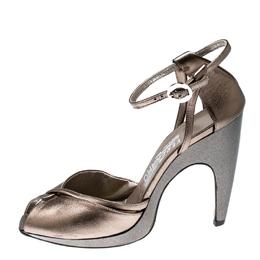 Salvatore Ferragamo Metallic Bronze Leather Ankle Strap Sandals Size 37.5 212998