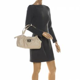 Loewe Off White Leather Logo Shoulder Bag 216981