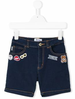 Moschino Kids джинсовые шорты с аппликацией HUP026LXE09