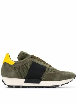 Moncler кроссовки с контрастными полосками 202810001A76