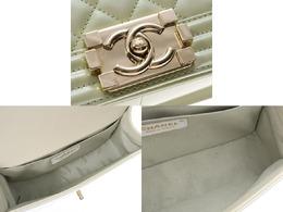 Chanel White Calfksin Leather Boy Chanel Shoulder Bag 227595