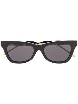 Gucci Eyewear солнцезащитные очки в овальной оправе GG0598S