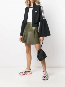 Adidas укороченная куртка с расклешенными рукавами ED4744ACETATOBLACK