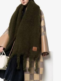 Loewe фактурный вязаный шарф с нашивкой-логотипом 91010070